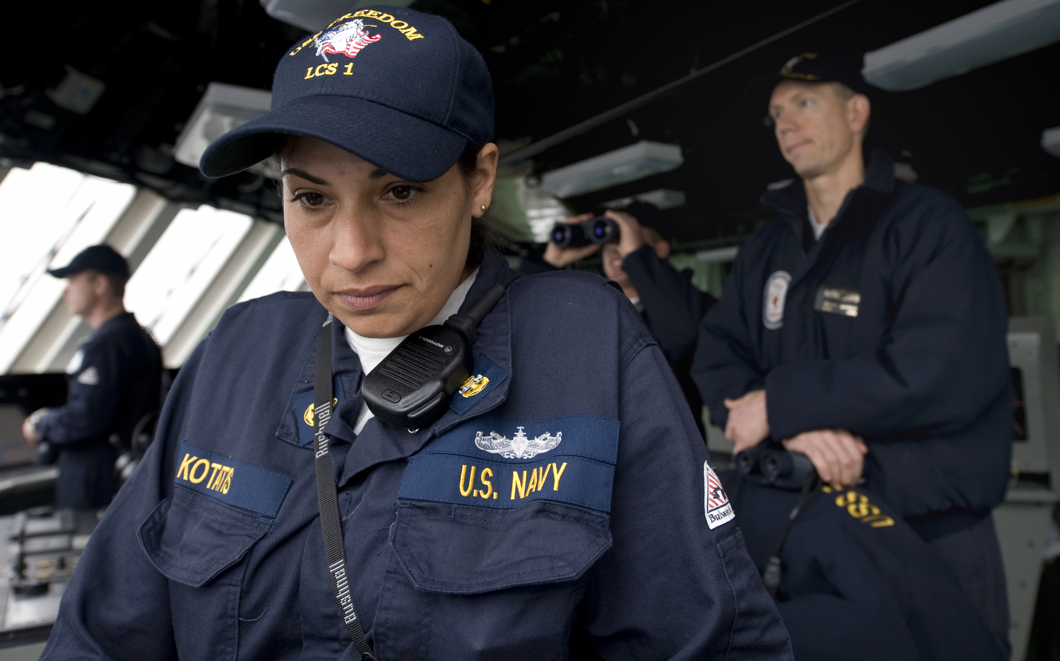 fileus navy 090406 n 7090s 587 chief quartermaster stephanie kotatis