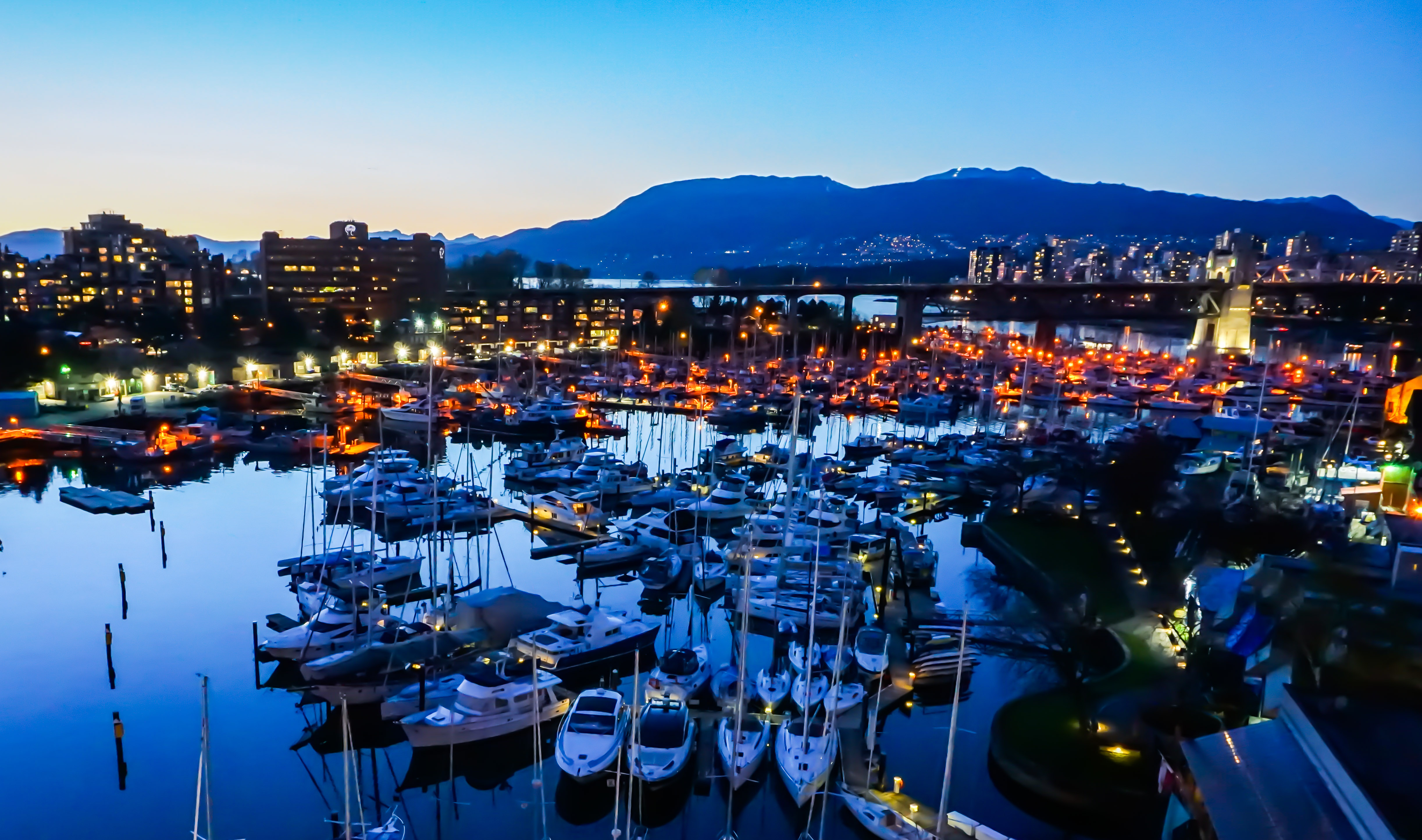 File:Vancouver-Canada 03.jpg - Wikimedia Commons