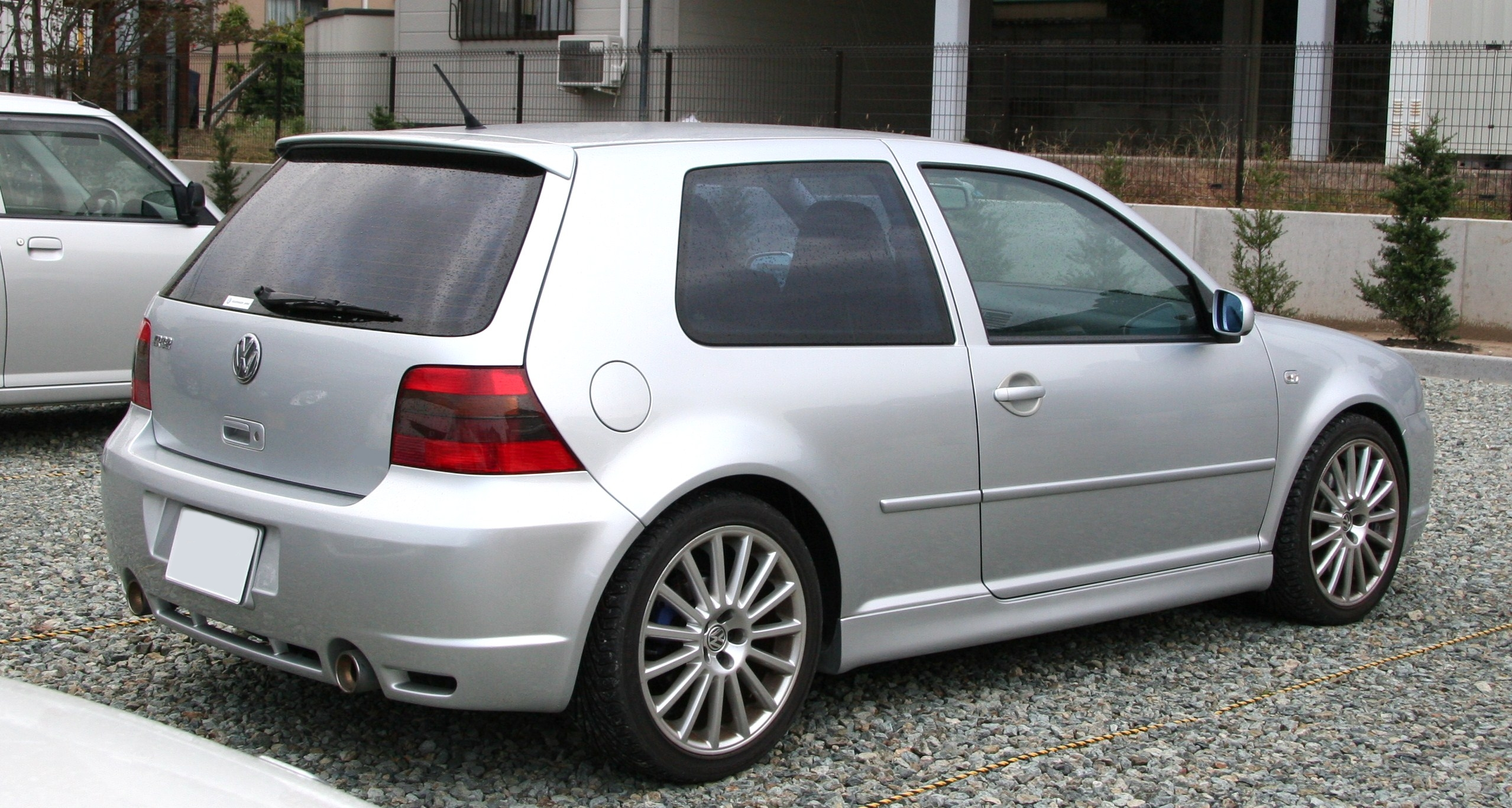 file volkswagen golf iv r32 wikimedia commons. Black Bedroom Furniture Sets. Home Design Ideas