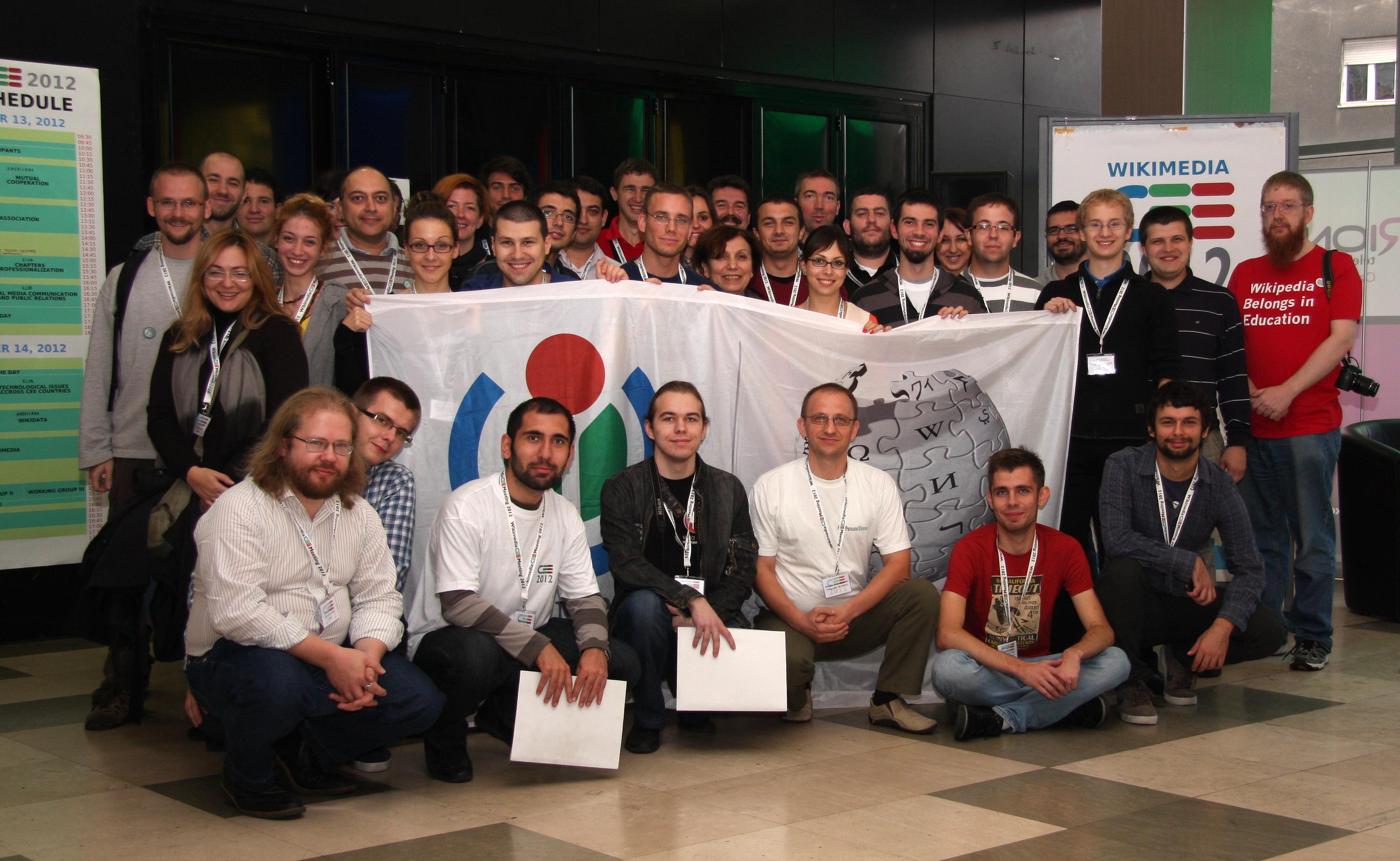 Účastníci 1. setkání Wikimedianů ze střední a východní Evropy