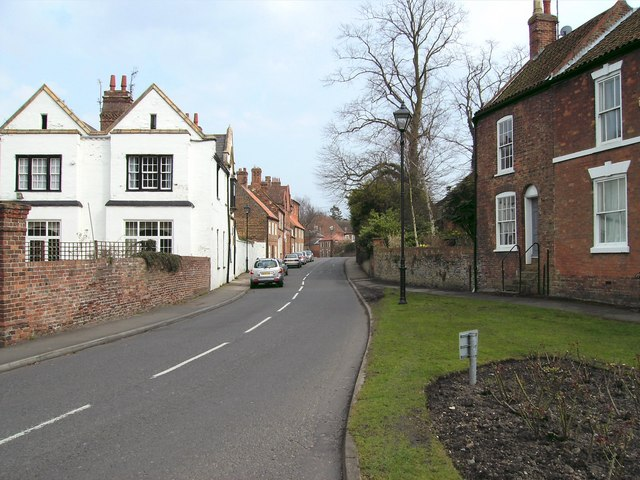 Westgate, Louth - geograph.org.uk - 386058