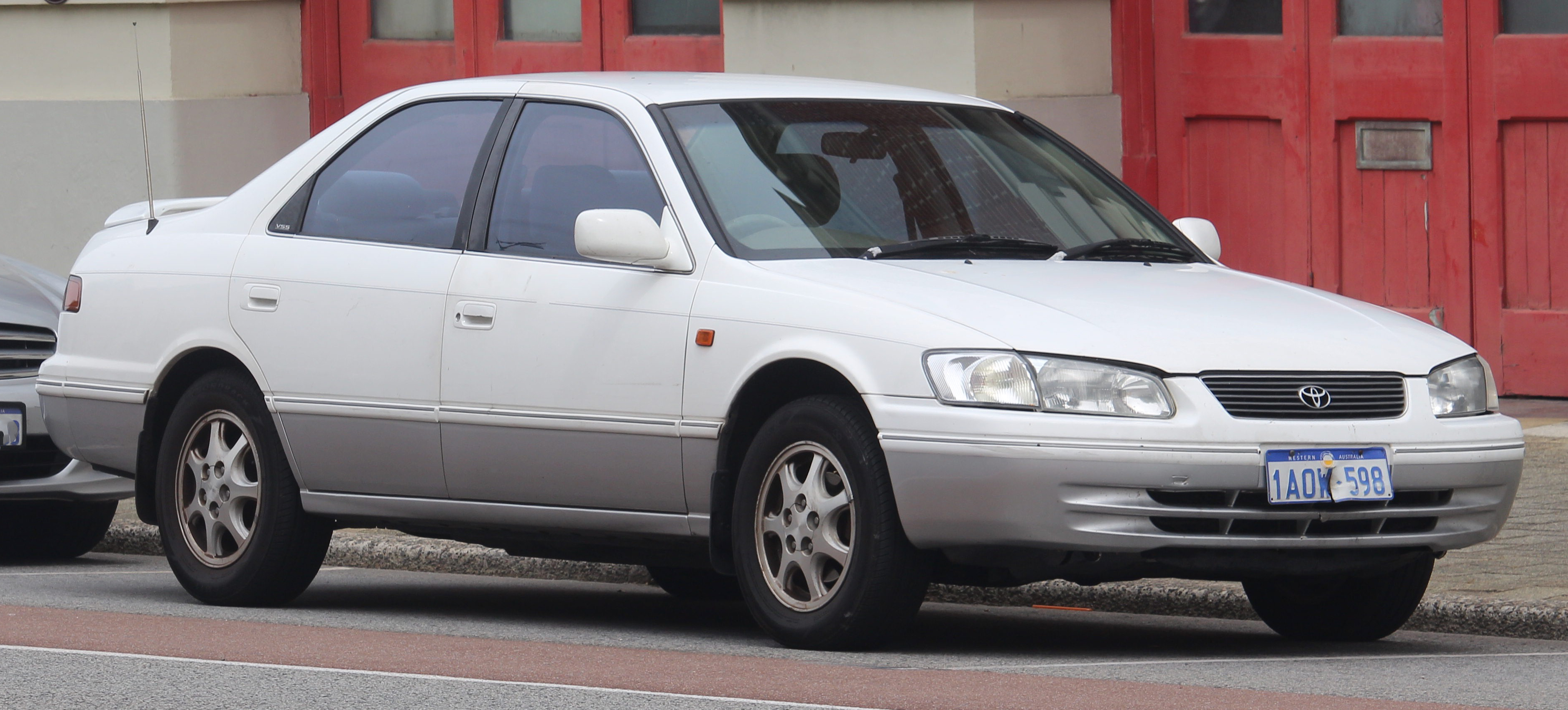 Toyota Camry (XV20) - Wikipedia