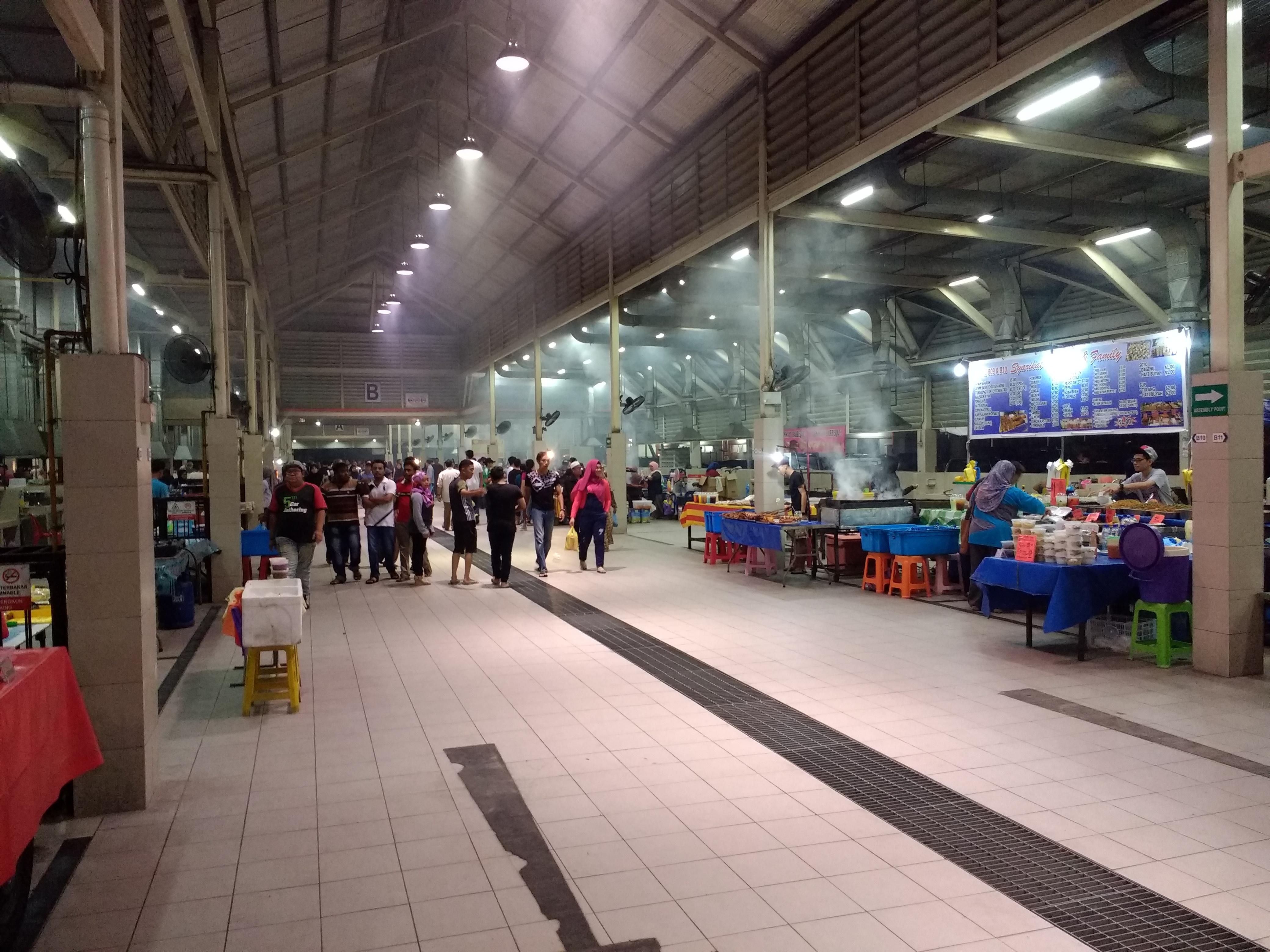 File:Bandar Seri Begawan Night Market 1 jpg - Wikimedia Commons