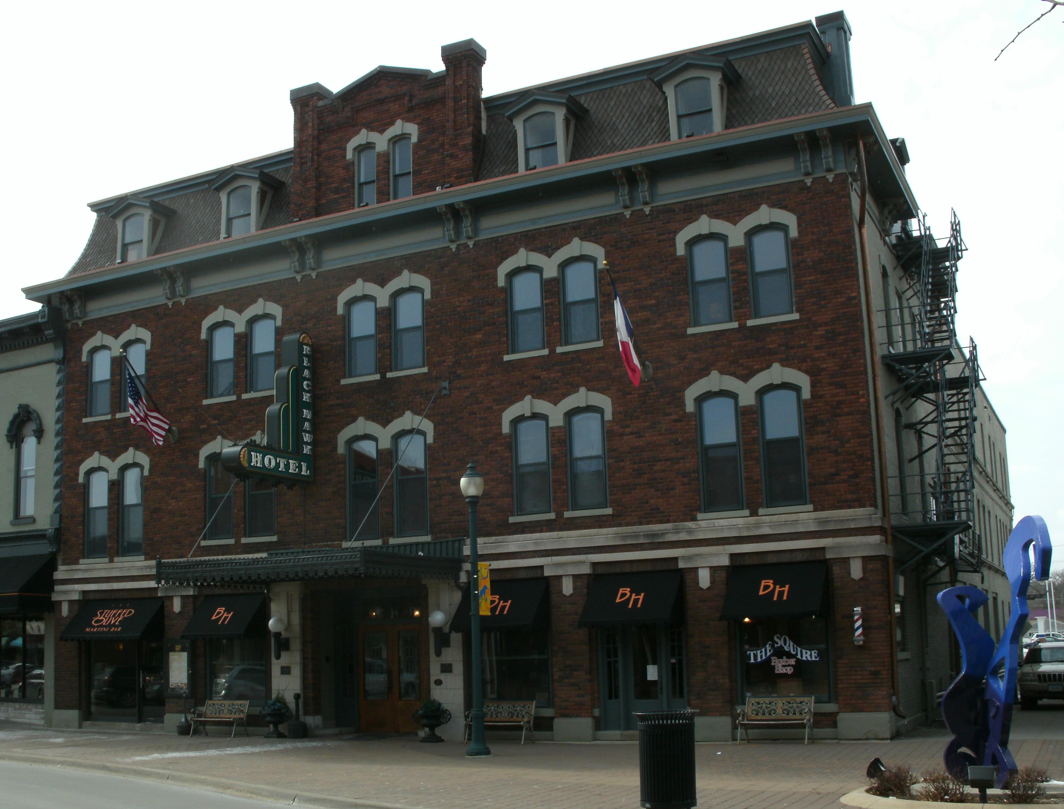 Iowa Falls Hotels