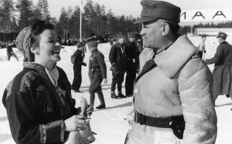 File:Bundesarchiv Bild 101I-101-0814-17A, Nordeuropa, Soldaten und Einheimische.jpg