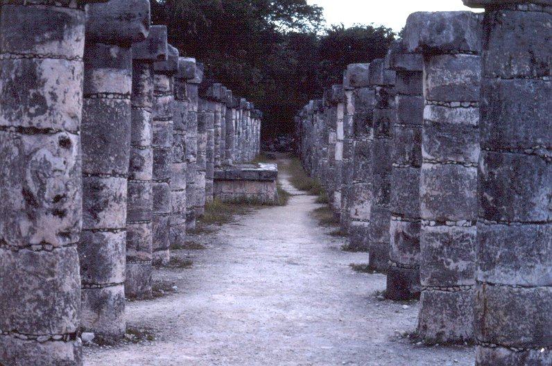 File:Chichen Itza colonnade by Jim Gateley1986.jpg