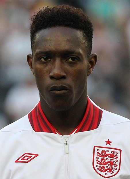 The 26-year old son of father Victor Welbeck and mother Elizabeth Welbeck, 185 cm tall Daniel Welbeck in 2017 photo