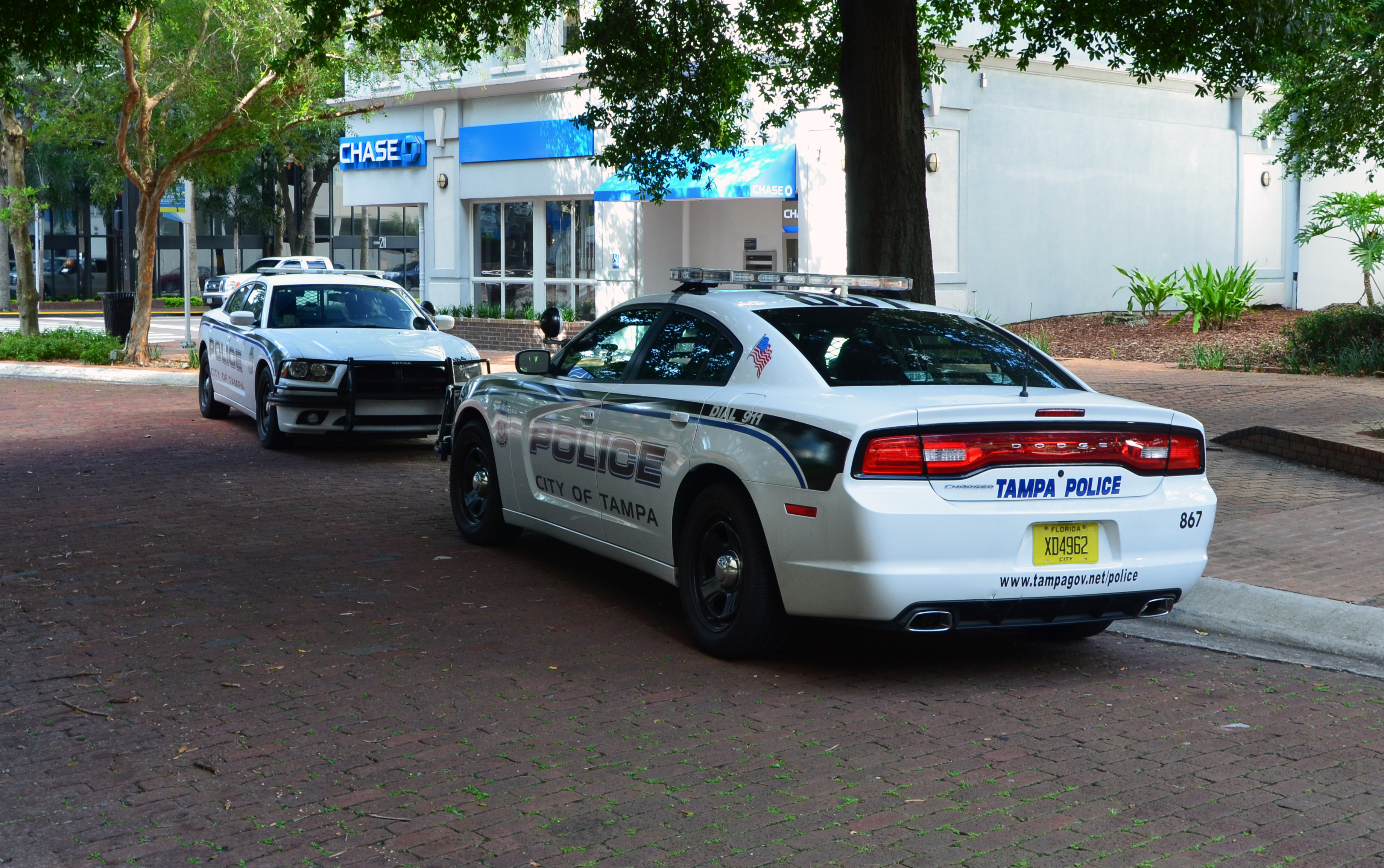 File:Dodge Charger Tampa Police 1.jpg - Wikimedia Commons