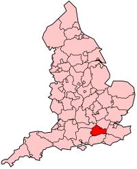 Kort med Surrey i England
