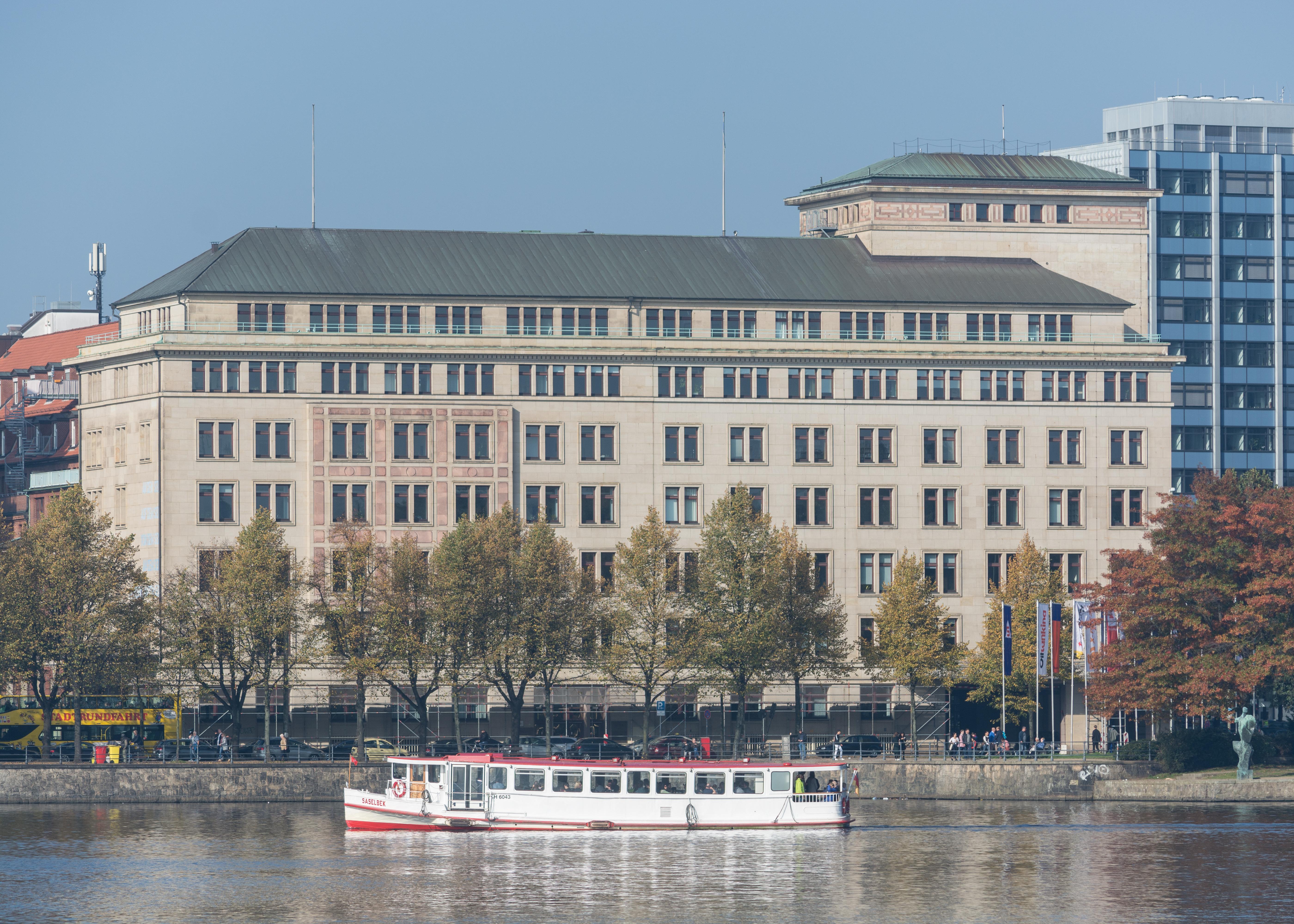 Datei:Esplanade 17 (Hamburg-Neustadt).12591.ajb.jpg