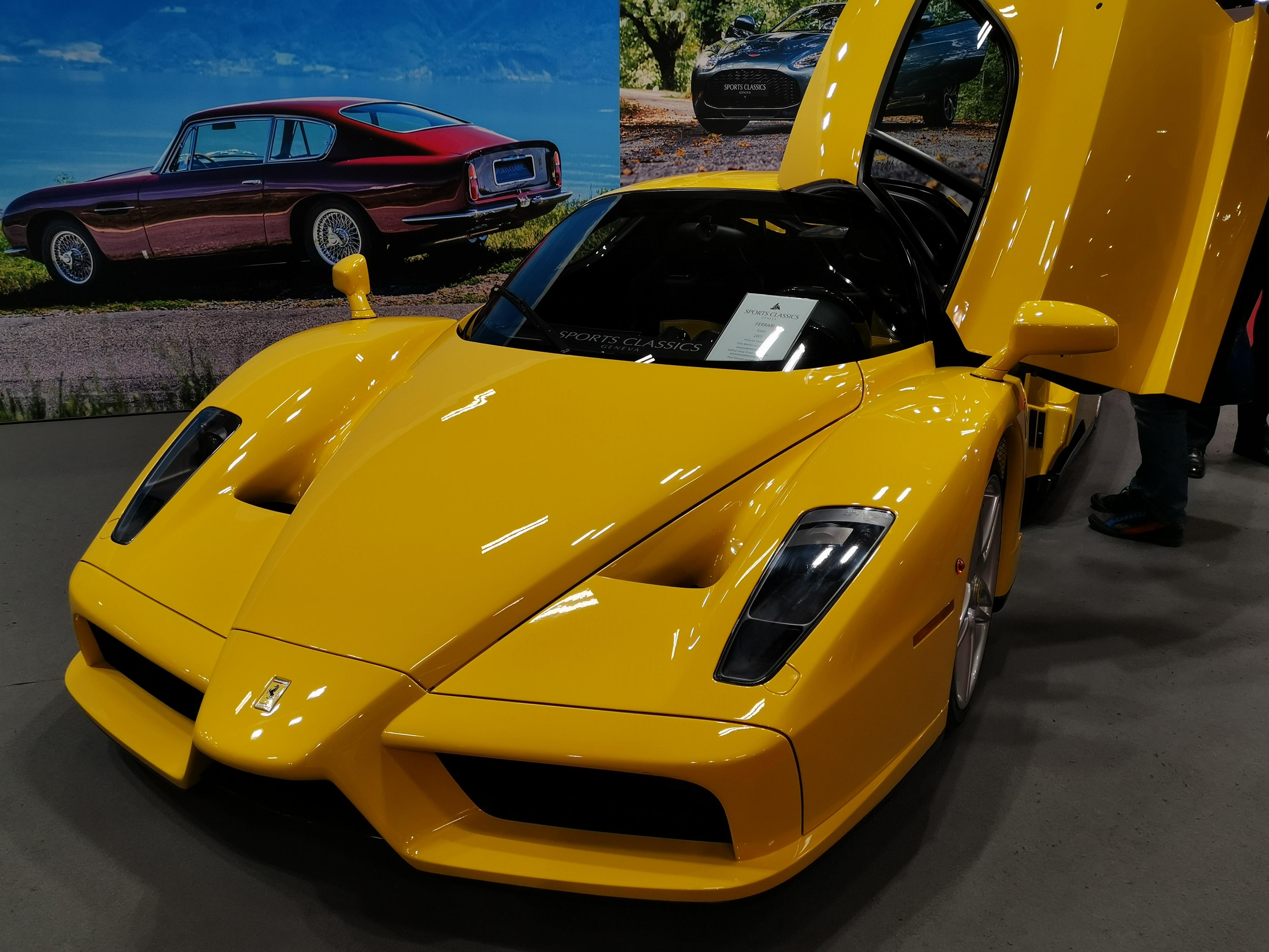 File Ferrari Enzo Jaune Vue Avant Jpg Wikimedia Commons