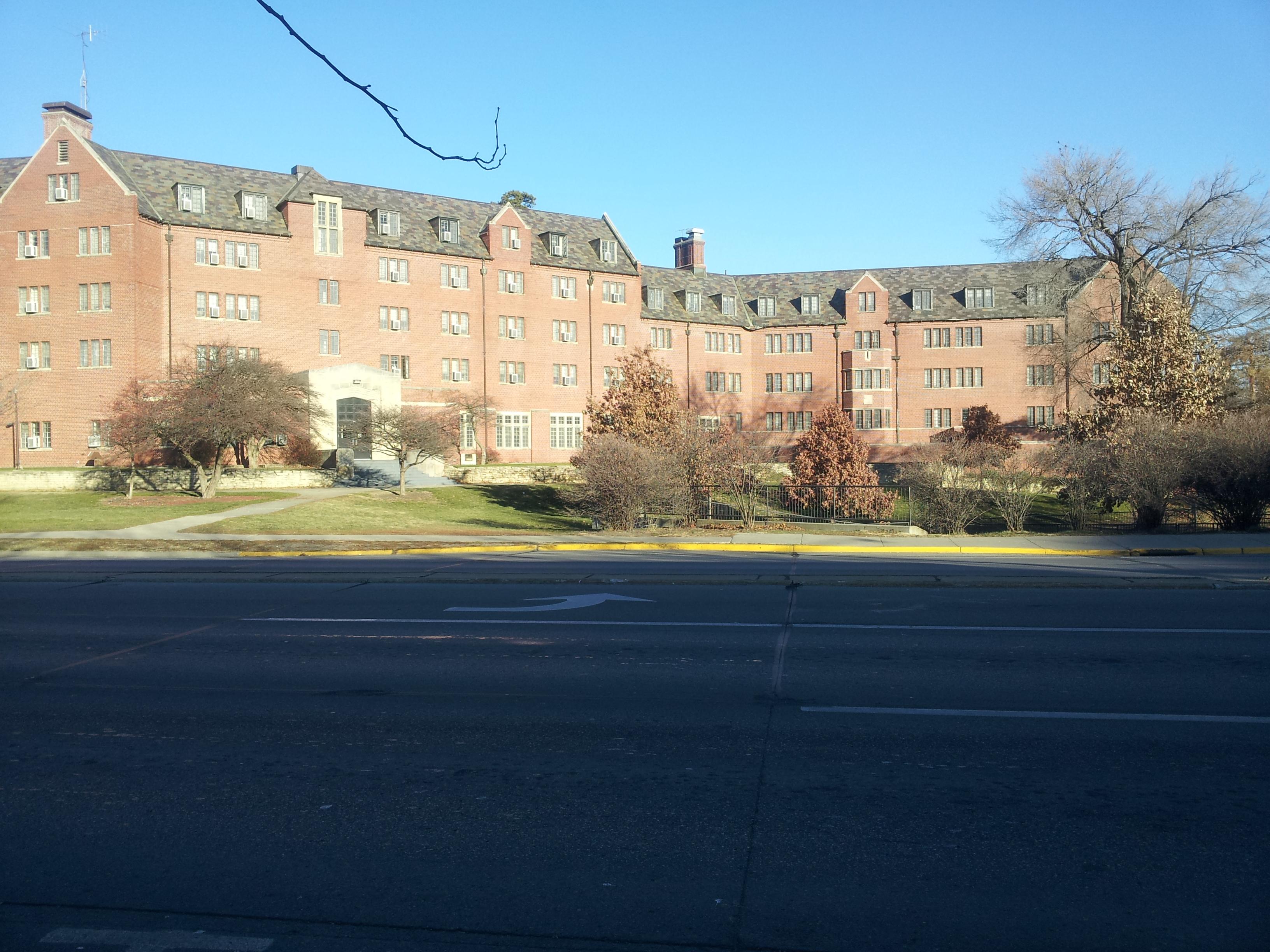 University Of Iowa Apartments Near Campus