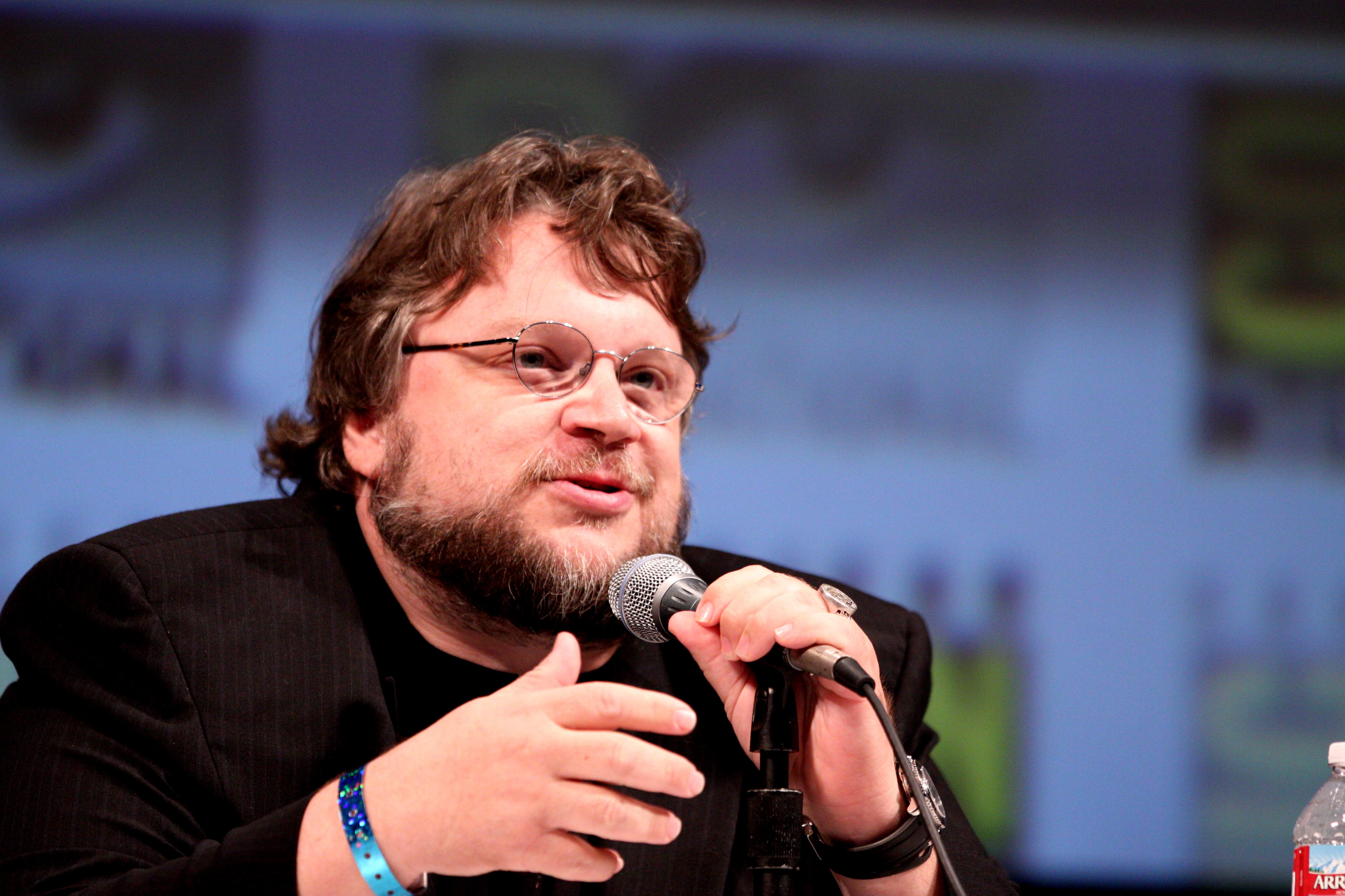 Guilhermo Del Toro in file:guillermo del toro (4840406830) - wikimedia commons