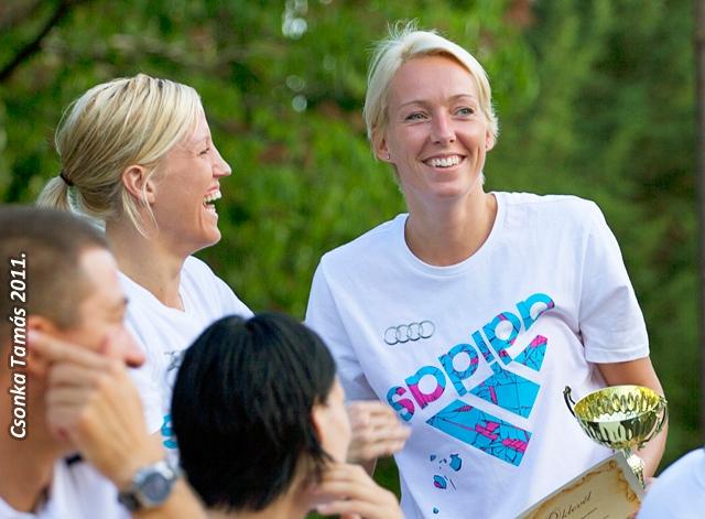 File Heidi Loke And Katrine Lunde Haraldsen 2011 Jpg Wikimedia Commons