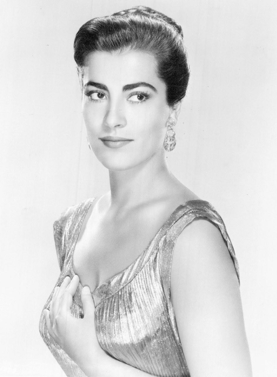 Irene Papas iphigenia