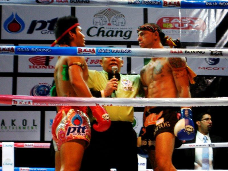 Съвет от експерта: Качване на маса в комбинация с тренировки по бойни изкуства