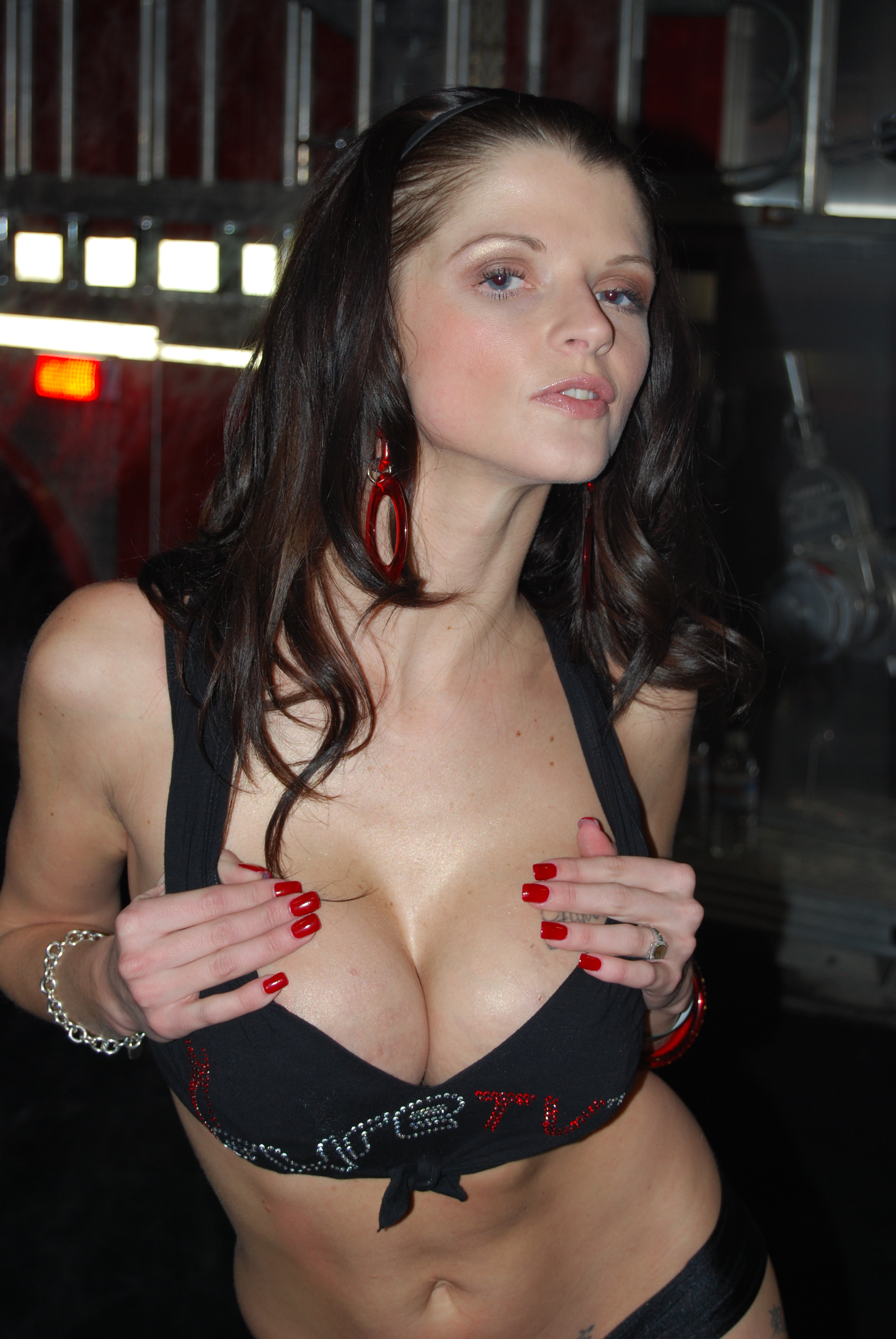 Lindsay lohan breast enlargement