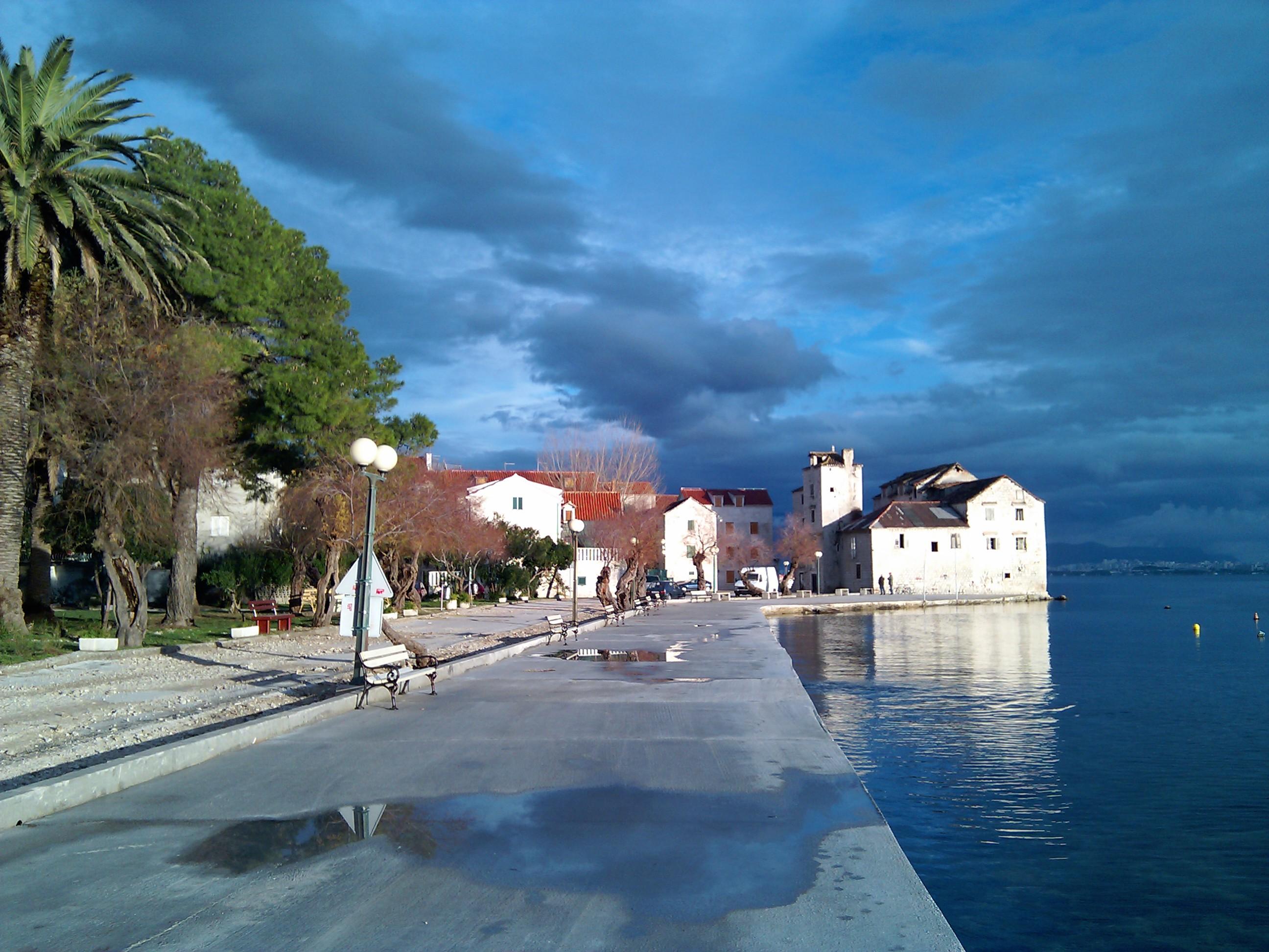 Только ноябрь решительно подталкивает к закрытию пляжного сезона в Хорватии