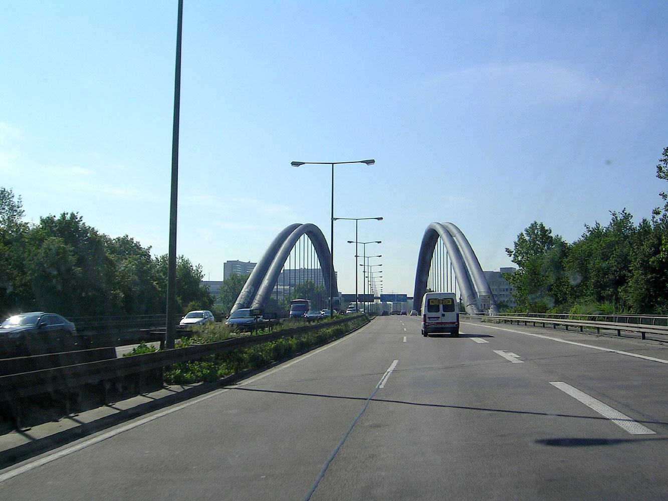 FileKaiserleibrücke, FrankfurtOffenbachjpg  Wikimedia