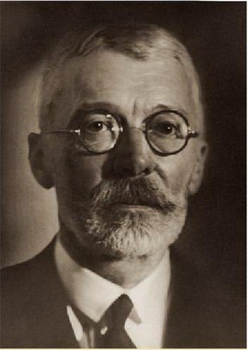 gróf Károlyi Gyula az 1930-as évek elején