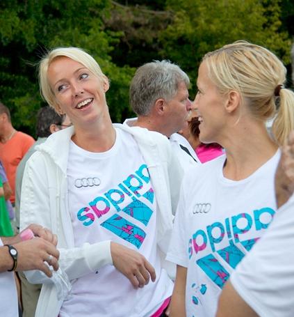 File Katrine Lunde Haraldsen And Heidi Loke 2011 Jpg Wikimedia Commons