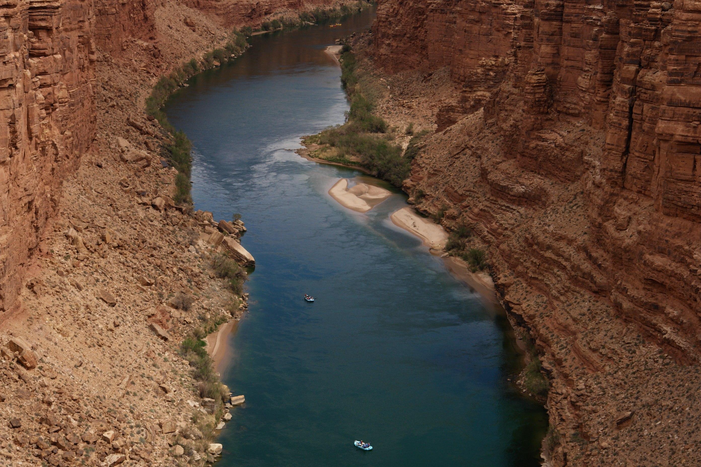 File Kayak Off Navajo Bridge Which Crosses The Colorado
