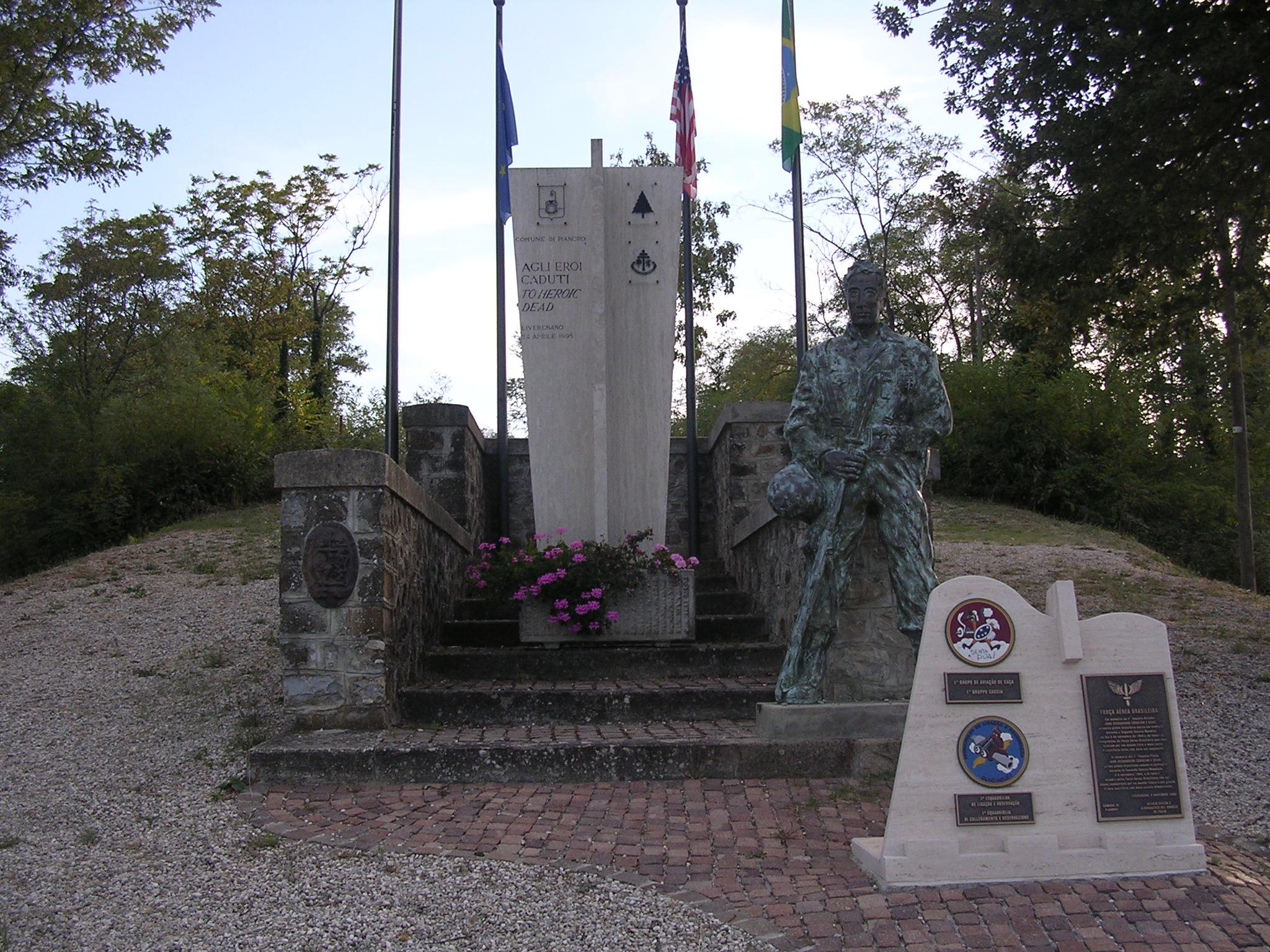 Livergnano-monumento.jpg