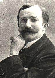 Луи Ганн.jpg