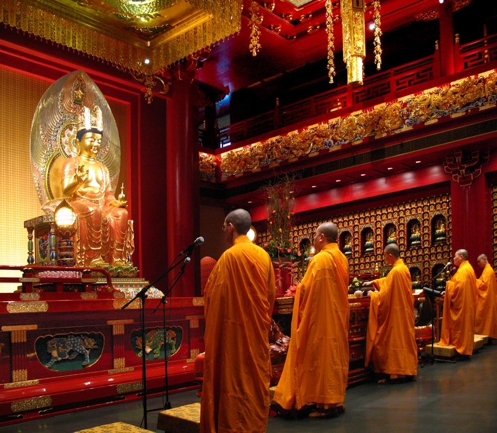 external image Maitreya_Bodhisattva_and_Monks_Singapore.jpeg