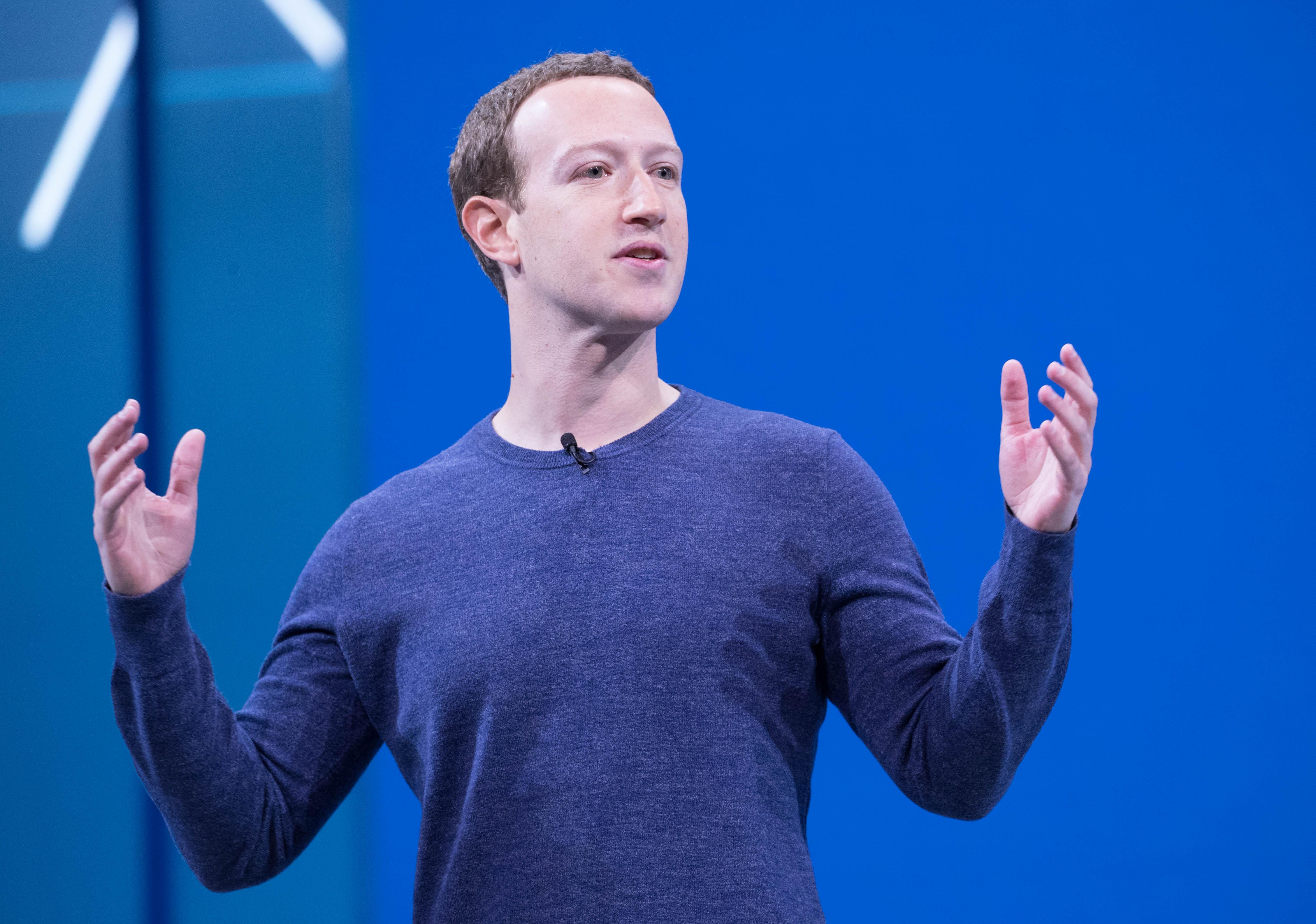 Súbor:Mark Zuckerberg F8 2018 Keynote (41118890874) jpg