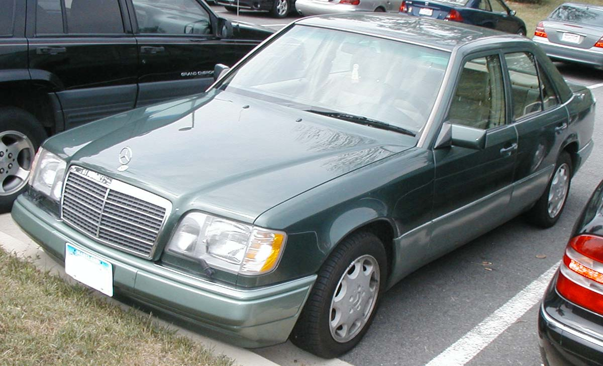 File Mercedes Benz W124 Jpg Wikimedia Commons