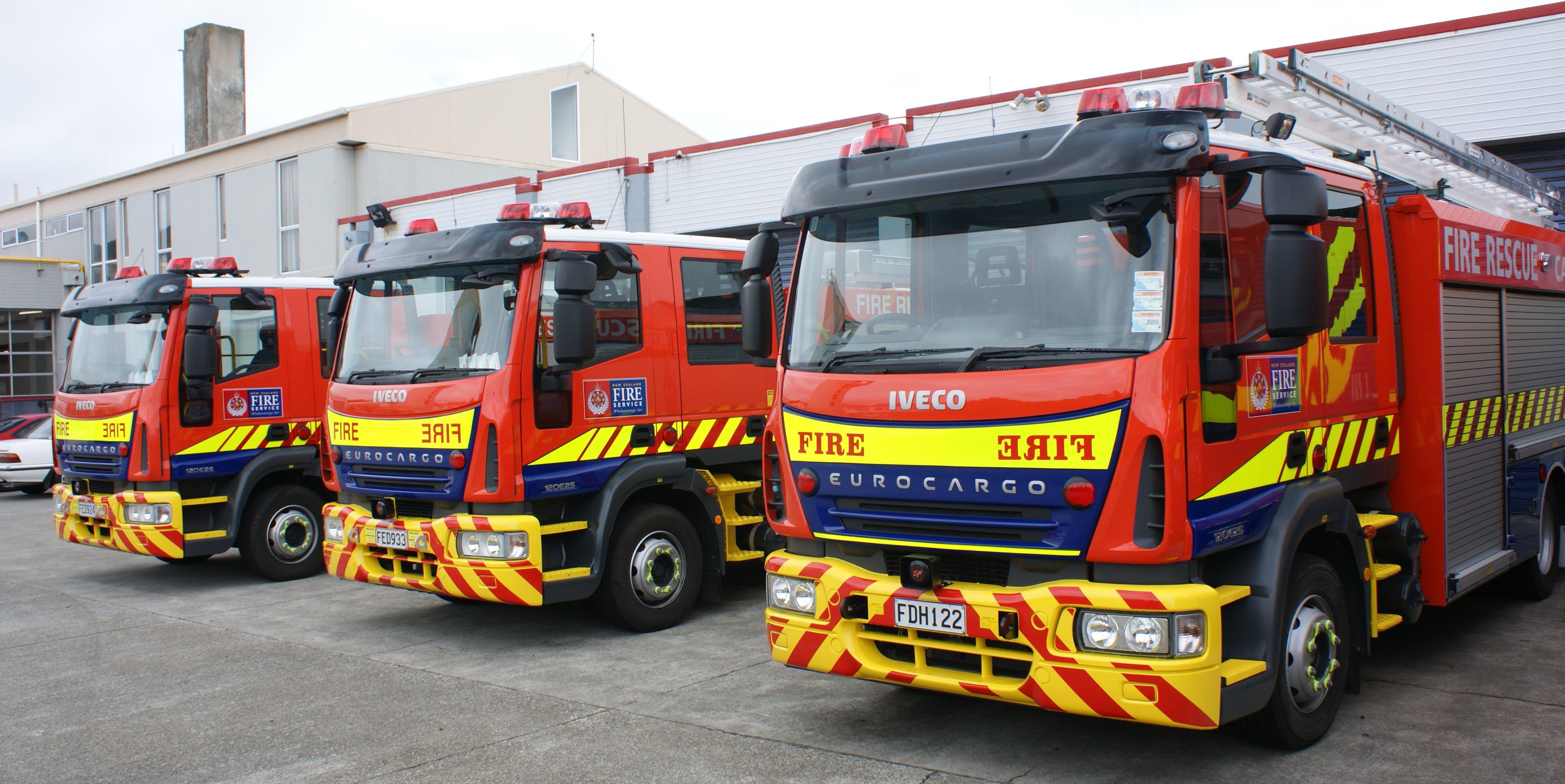 File Nz Fire Appliances Flickr 111 Emergency 2 Jpg