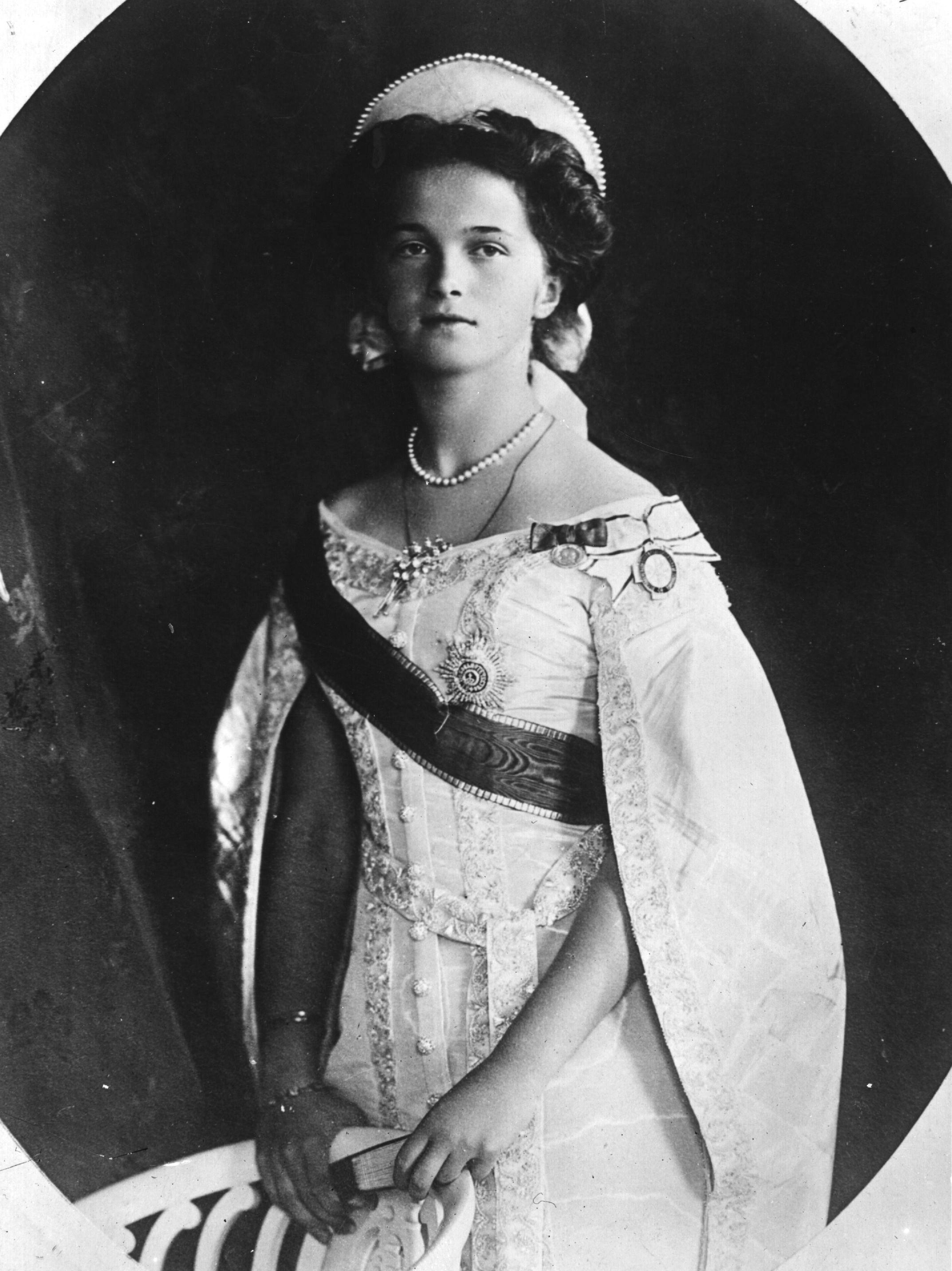 OTMA, las últimas grandes duquesas de Rusia. Olga_1910