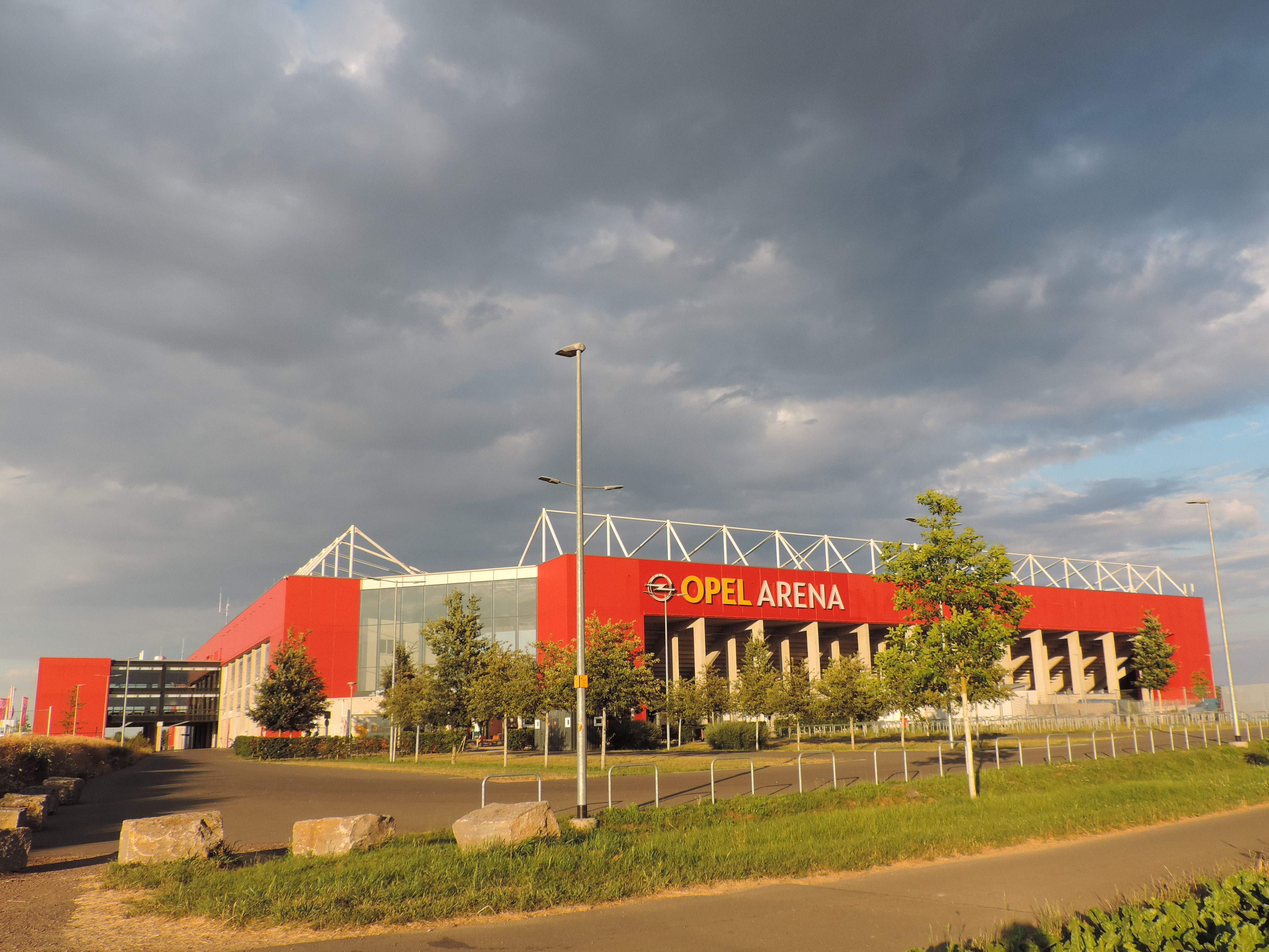 Майнц футбольный клуб стадион
