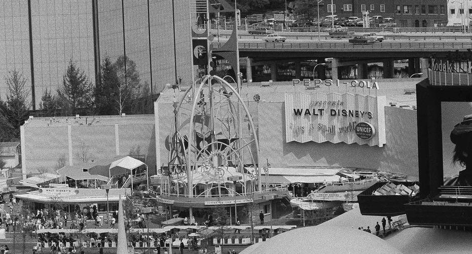 File:PEPSI-COLA presents WALT DISNEY'S