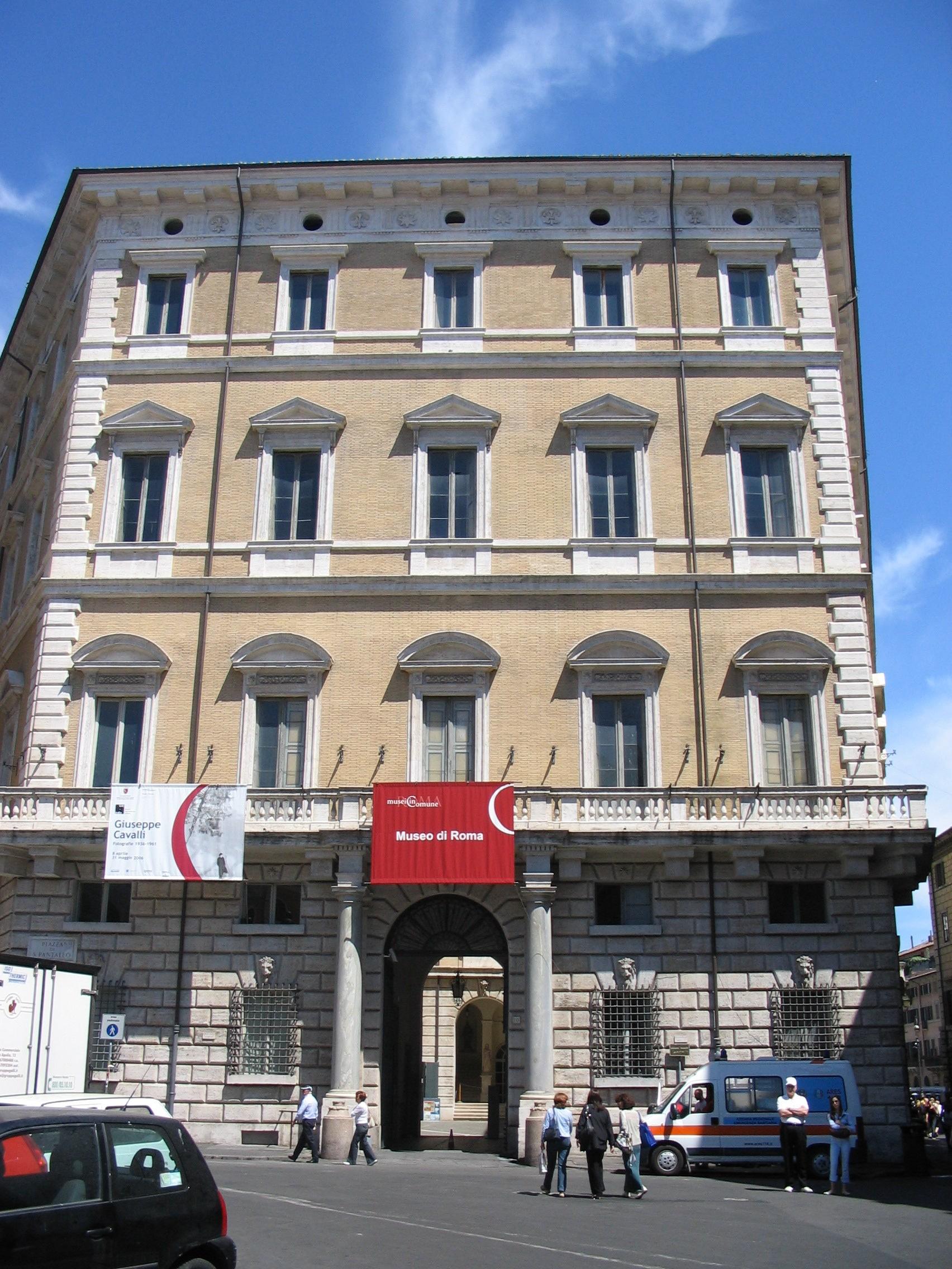 File palazzo braschi roma jpg wikipedia for Corner via del corso roma
