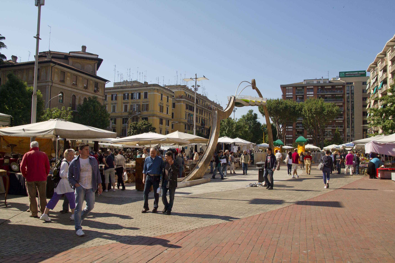 File porta portese market quartiere xii gianicolense - Porta portese sud ...