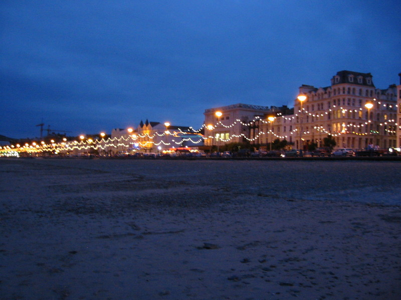 File:Promenade - douglas - isle of man.jpg