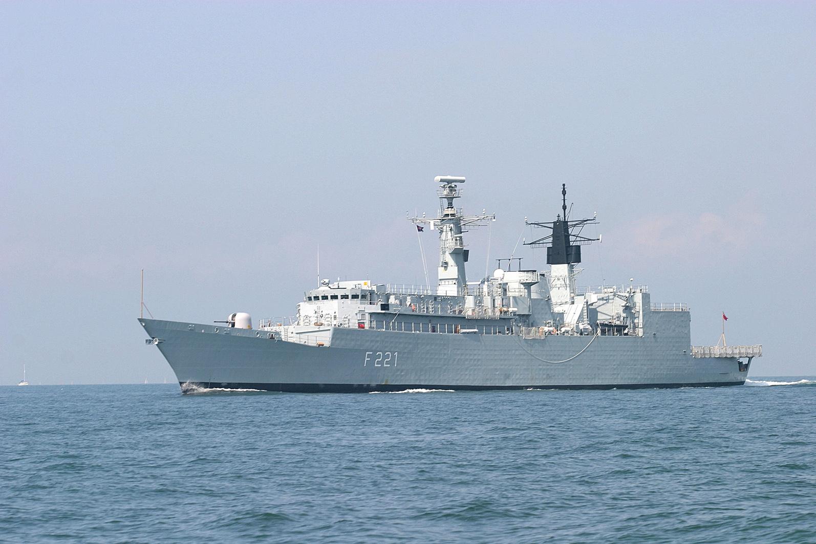 Великобритания потребовала обеспечить постоянное присутствие сил НАТО в Черном море - Цензор.НЕТ 4478