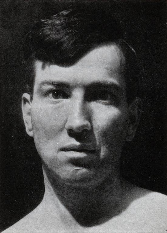 Graves in 1929