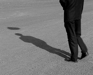http://upload.wikimedia.org/wikipedia/commons/6/61/Silhouette-shadow2.jpg
