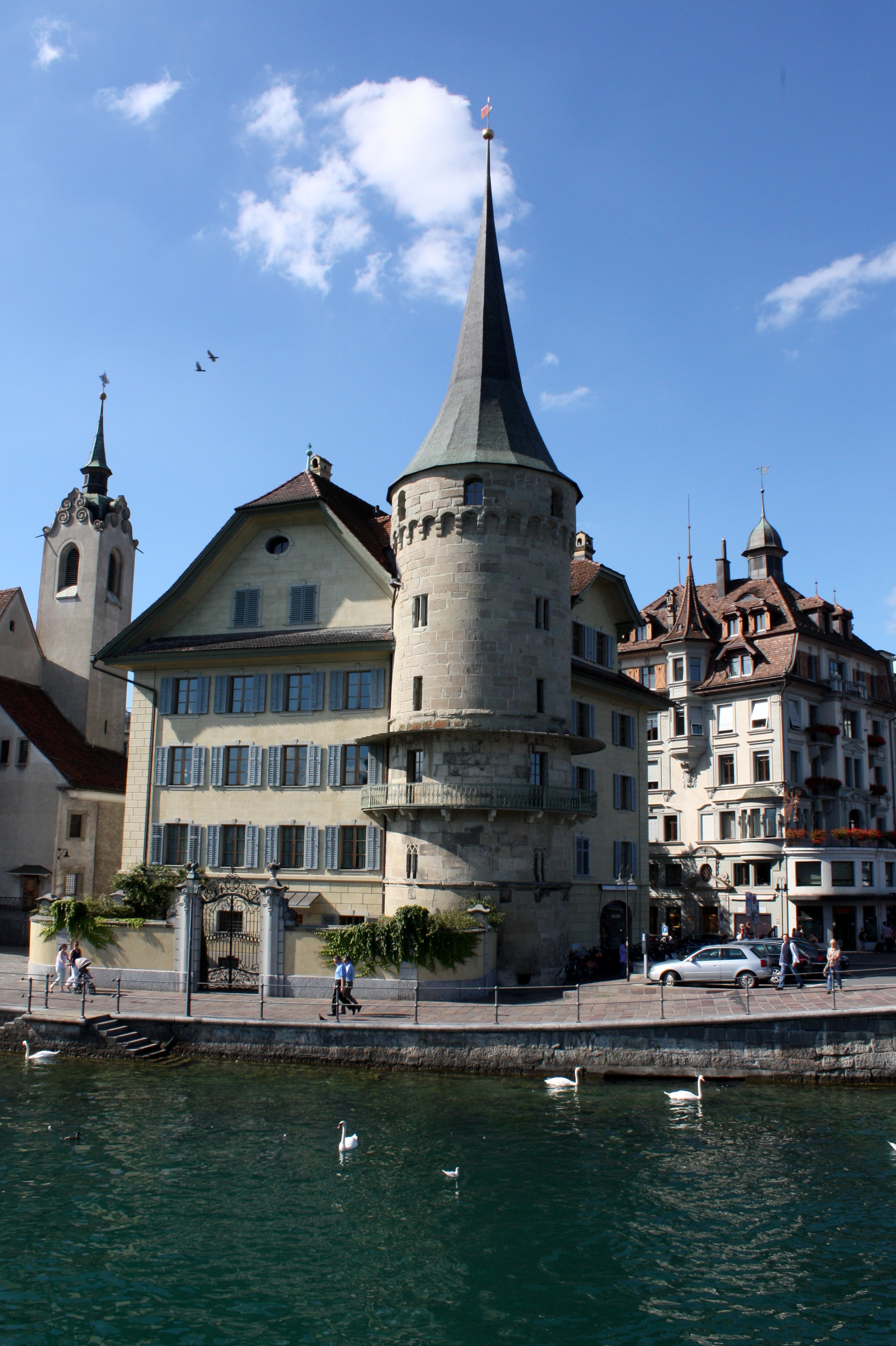 datei stadtbefestigung luzern haus zurgilgen turm img wikipedia. Black Bedroom Furniture Sets. Home Design Ideas