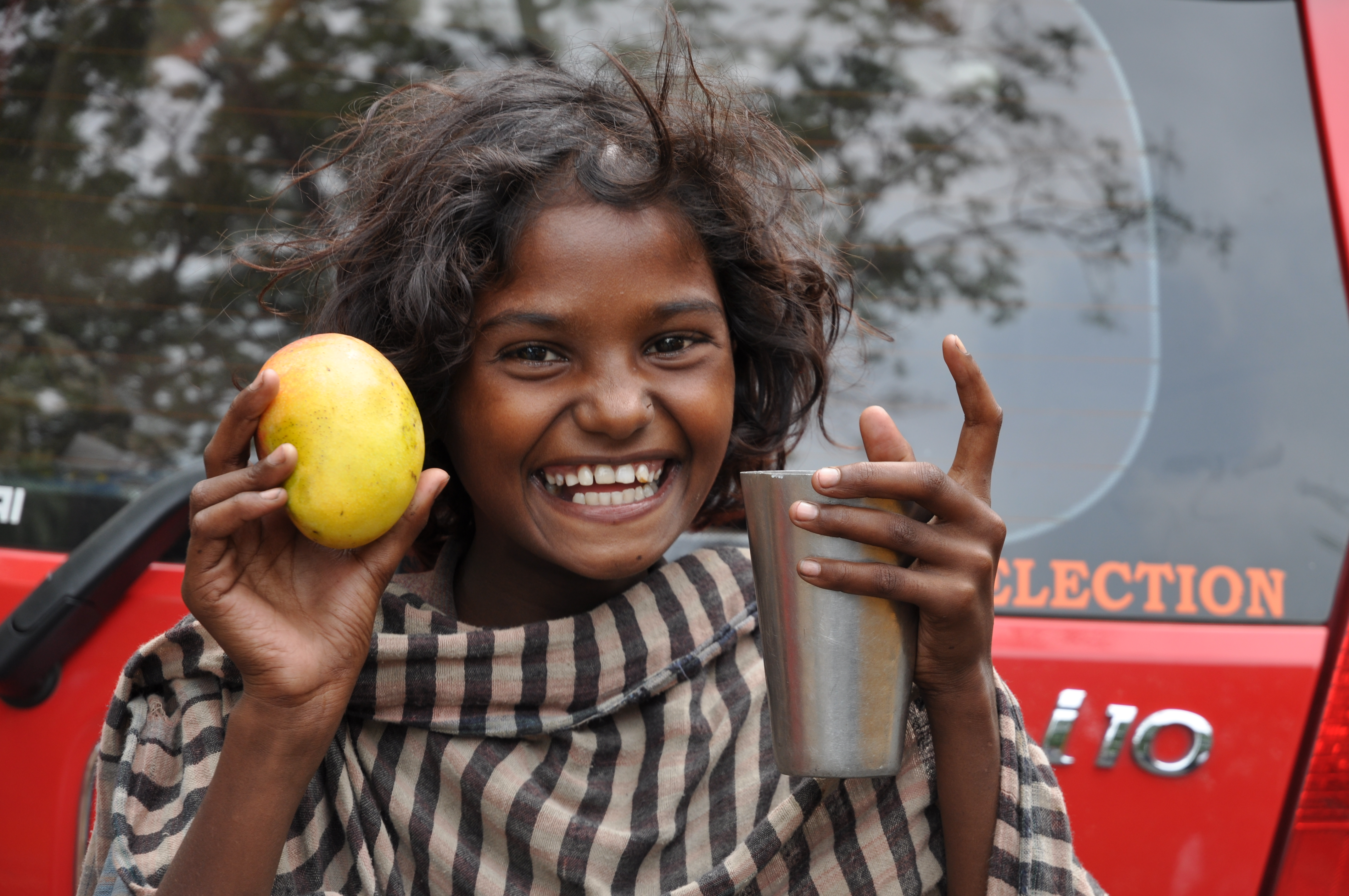 File:Street Child Kolkata 0046.JPG - Wikimedia Commons