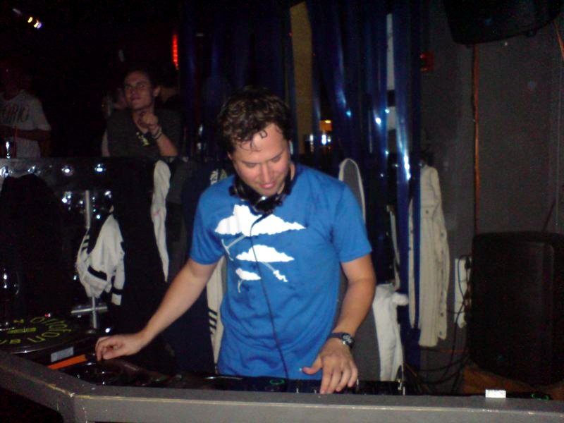 DJ Tonka* D.J. Tonka - Happiness