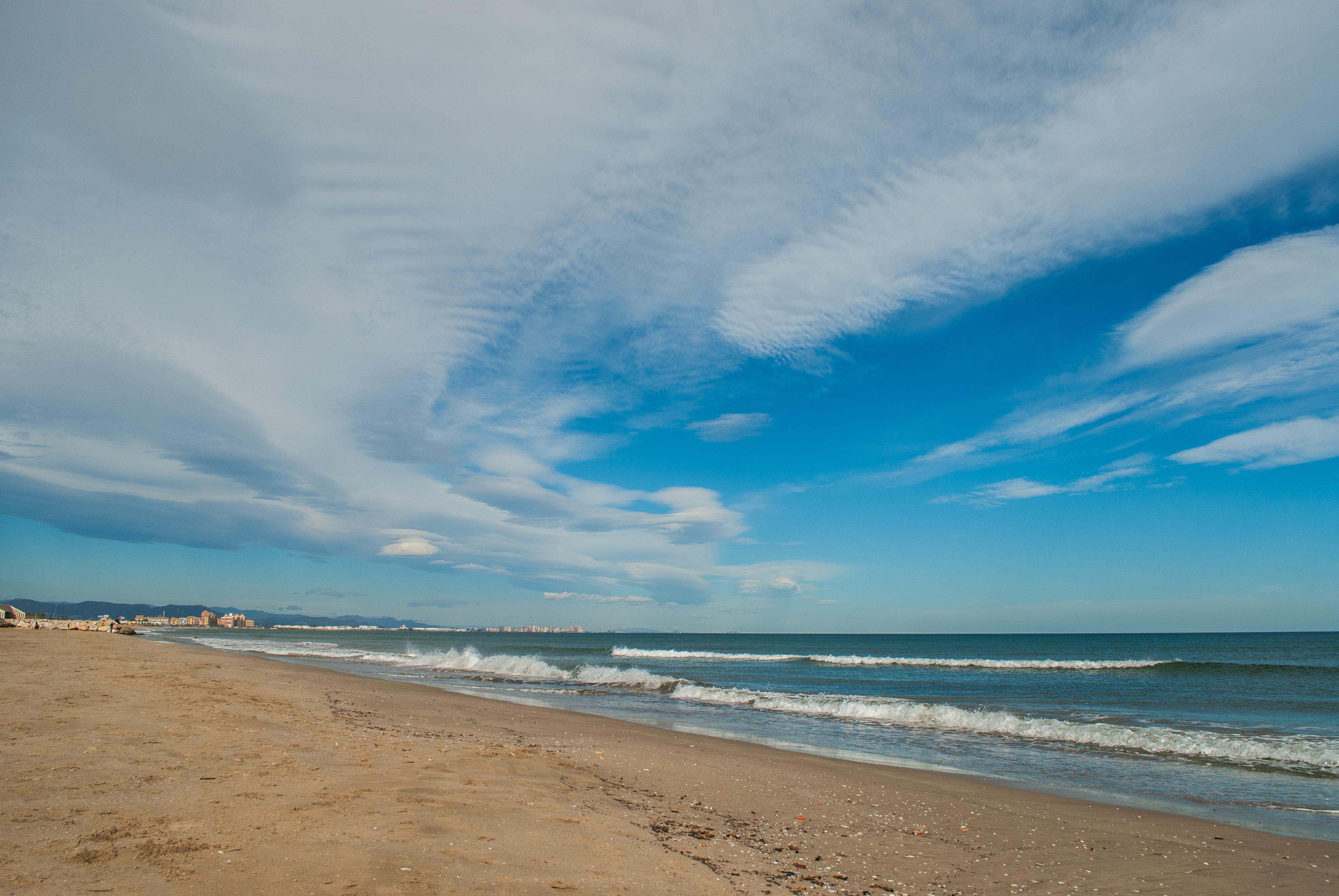 Valencia - Beach 01.jpg