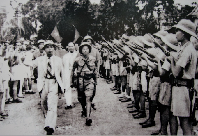 File:Viet Minh during August Revolution.jpg