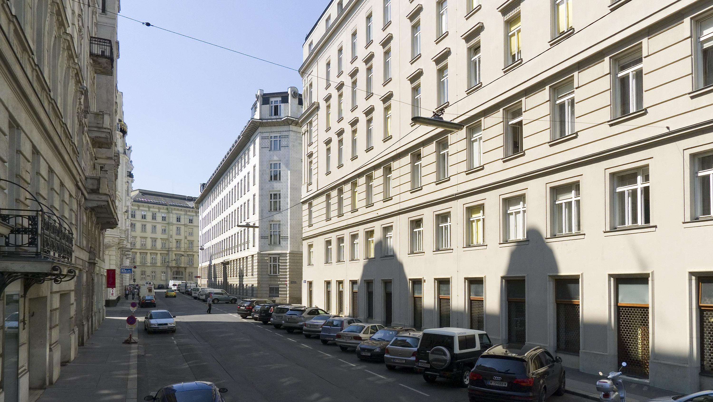Wien 01 Rosenbursenstraße a.jpg