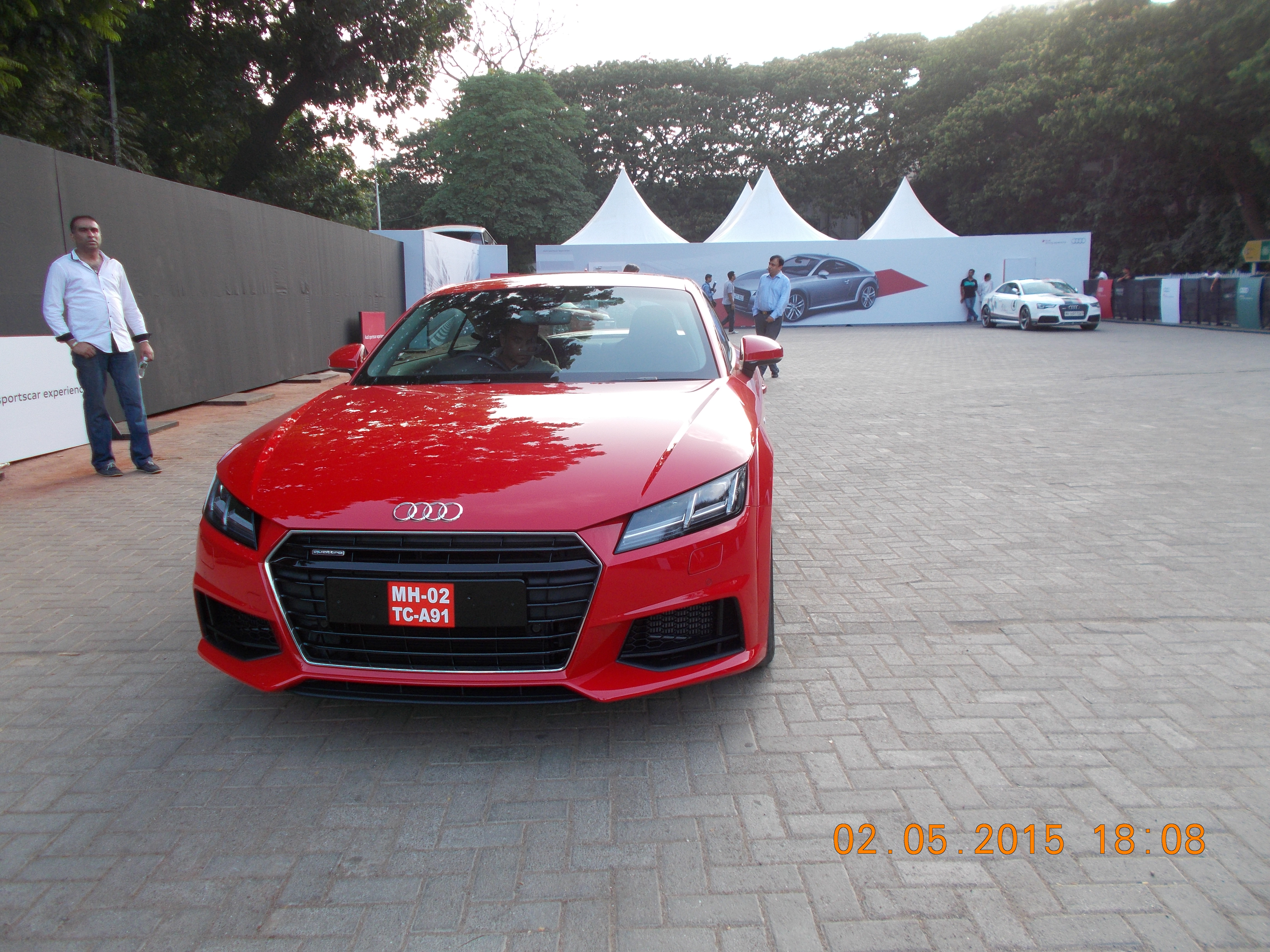 FileAUDI SPORTS CAR Test Drive At Mahalaxmi Racecourse JPG - Audi test drive