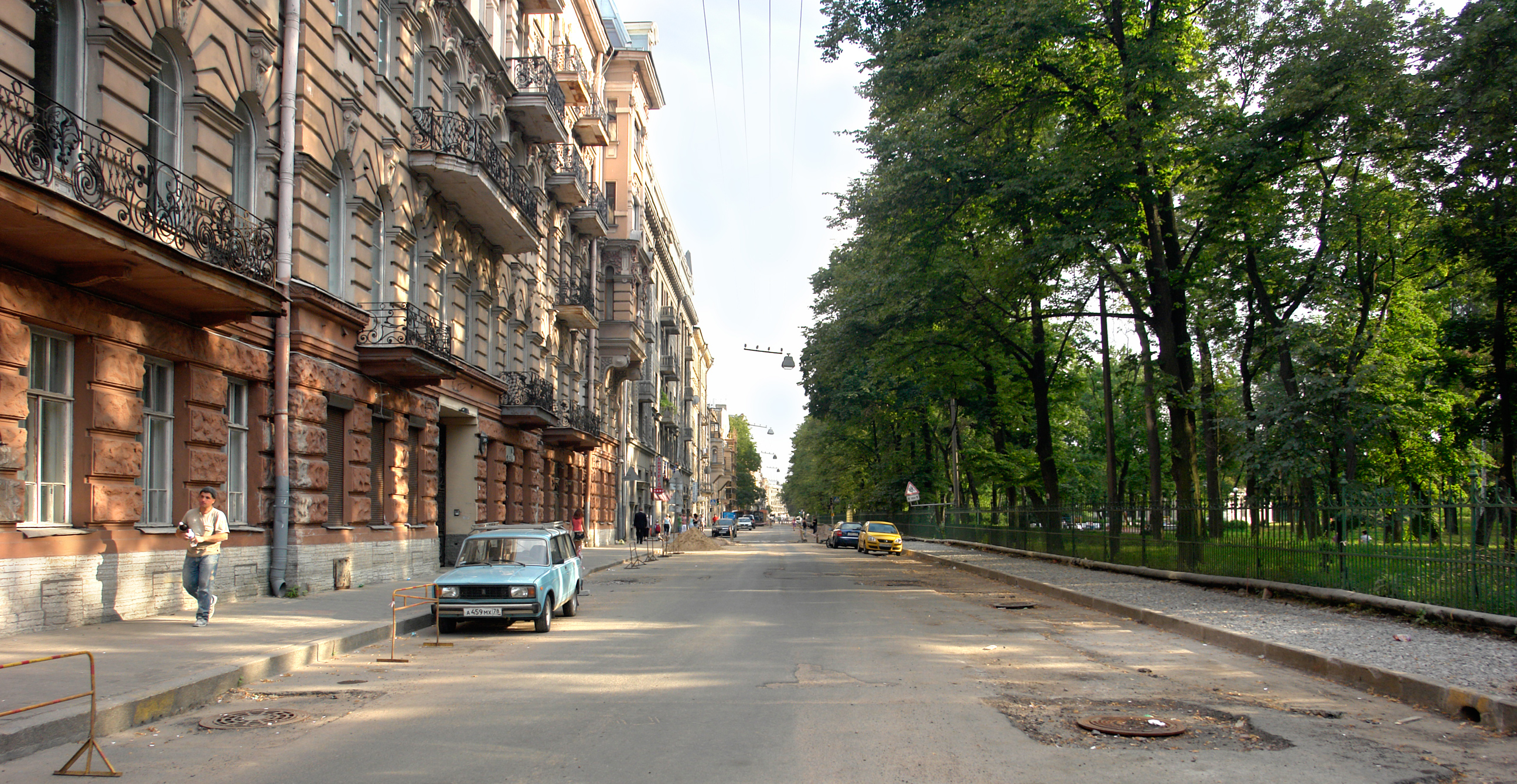 Файл:Таврическая улица.jpg — Википедия: ru.wikipedia.org/wiki/Файл:Таврическая_улица.jpg
