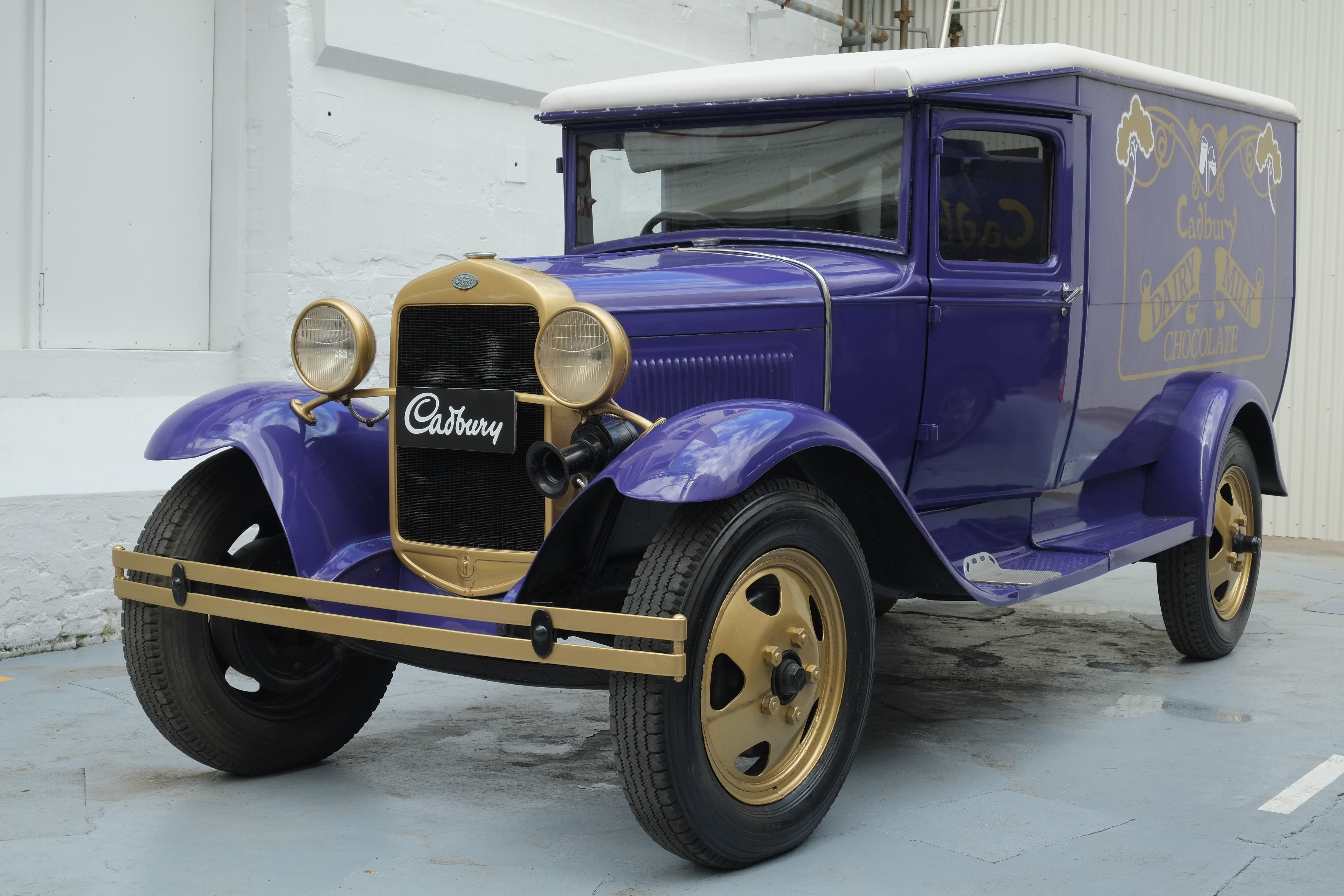 File1930 ford model a cadbury delivery truck jpg